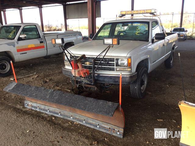 surplus 1993 chevrolet 2500 pickup truck w plow tag 14502 in columbus ohio united states. Black Bedroom Furniture Sets. Home Design Ideas
