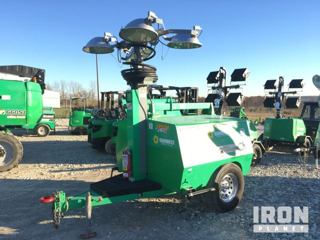 2013 Allmand Maxi-Lite V-TWR Light Tower & 2013 Allmand Maxi-Lite V-TWR Light Tower in Dayton Ohio United ...