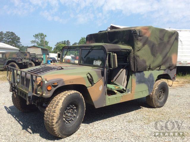 1992 AM General M998 Humvee HMMWV