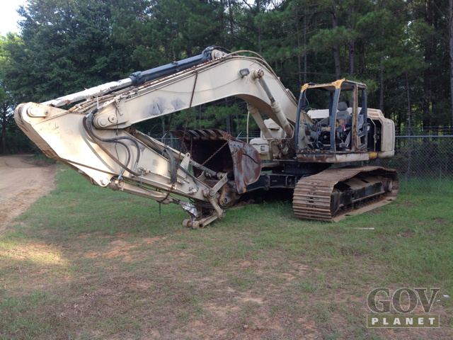 2007 John Deere 270D Track Excavator