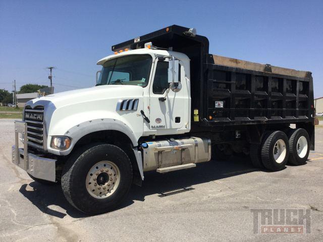 2011 Mack GU713 T/A Dump Truck
