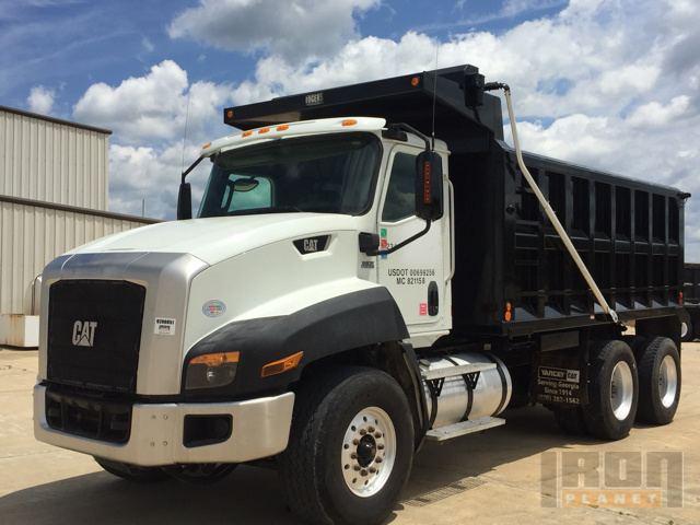 2013 Cat CT660S T/A Dump Truck