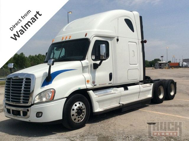2011 Freightliner Cascadia T/A Conventional w/Sleeper