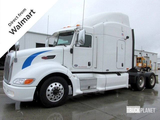 2011 Peterbilt 386 T/A Conventional w/Sleeper