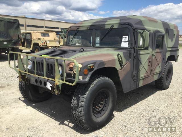 1990 AM General M998 Humvee HMMVW
