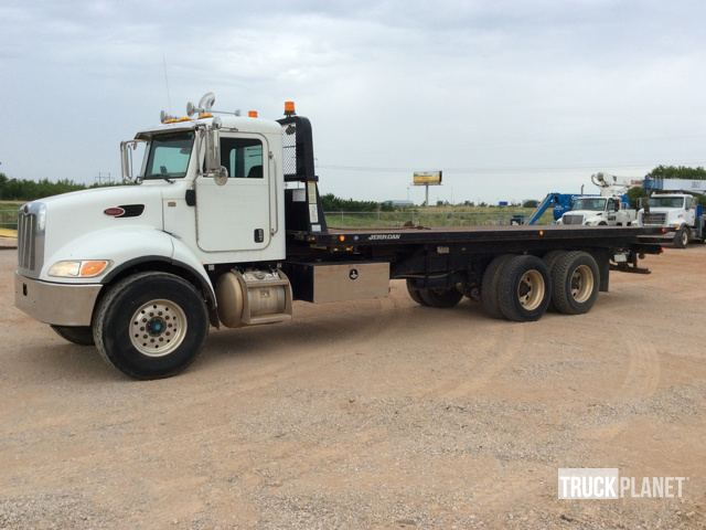 Its truck tuesday at ironplanet 2009 peterbilt 340 ta rollback truck sciox Images