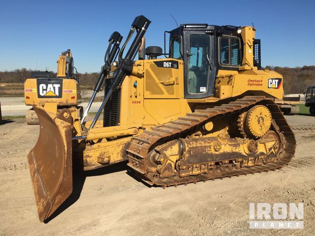 Cat Crawler Tractor