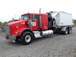 Trucks - Vacuum Tanker