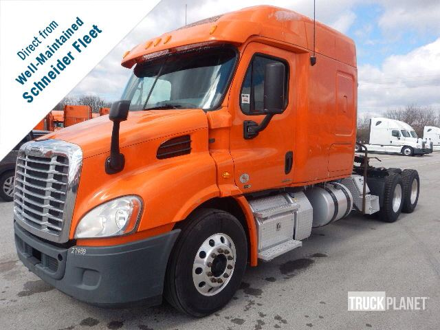 Detail photo of 2012 FREIGHT KING CASCADIA from Construction Equipment Guide