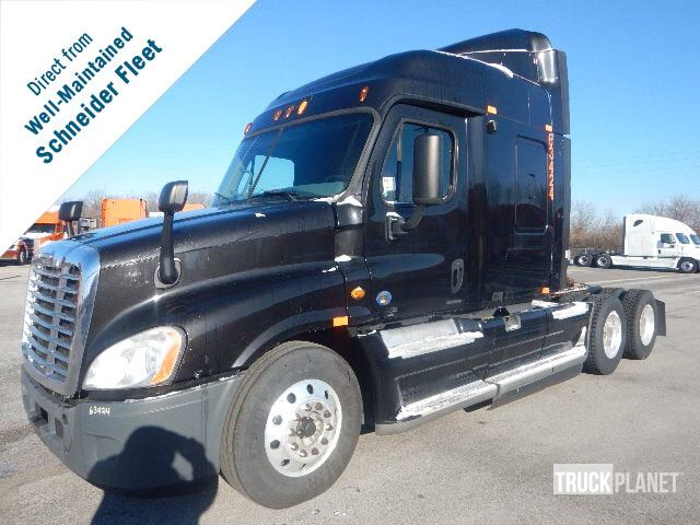 Detail photo of 2011 FREIGHTLINER Cascadia 125 from Construction Equipment Guide