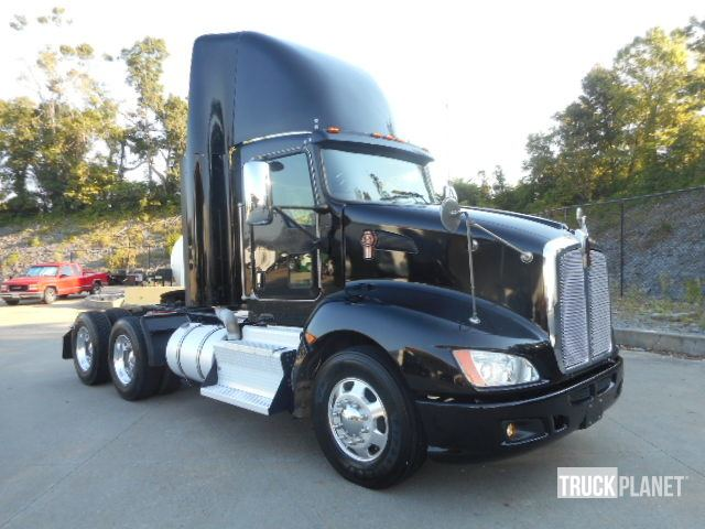 Detail photo of 2012 Kenworth T660 from Construction Equipment Guide