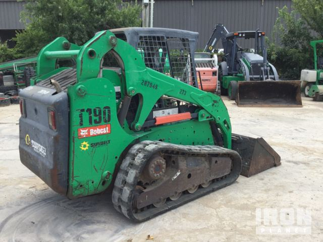 Detail photo of 2010 Bobcat T190 from Construction Equipment Guide