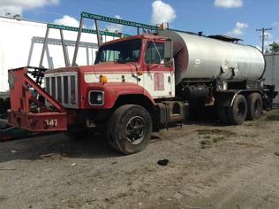 Asphalt Distributor Trucks